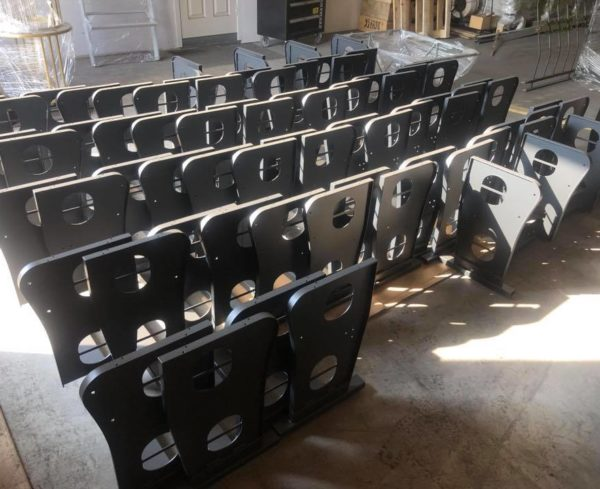 Kėdžių karkasų miltelinis dažymas. (2)